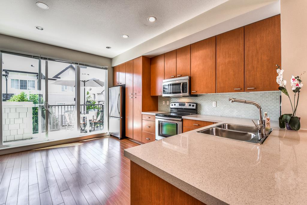 Townhouse at 139 2450 161A STREET, Unit 139, South Surrey White Rock, British Columbia. Image 3