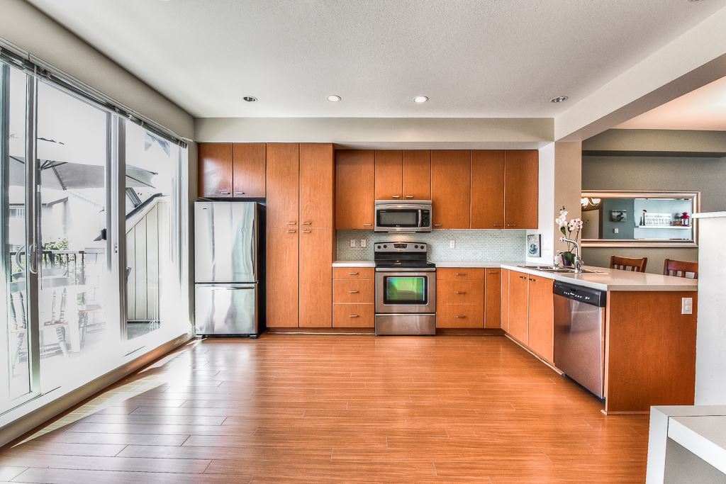 Townhouse at 139 2450 161A STREET, Unit 139, South Surrey White Rock, British Columbia. Image 4