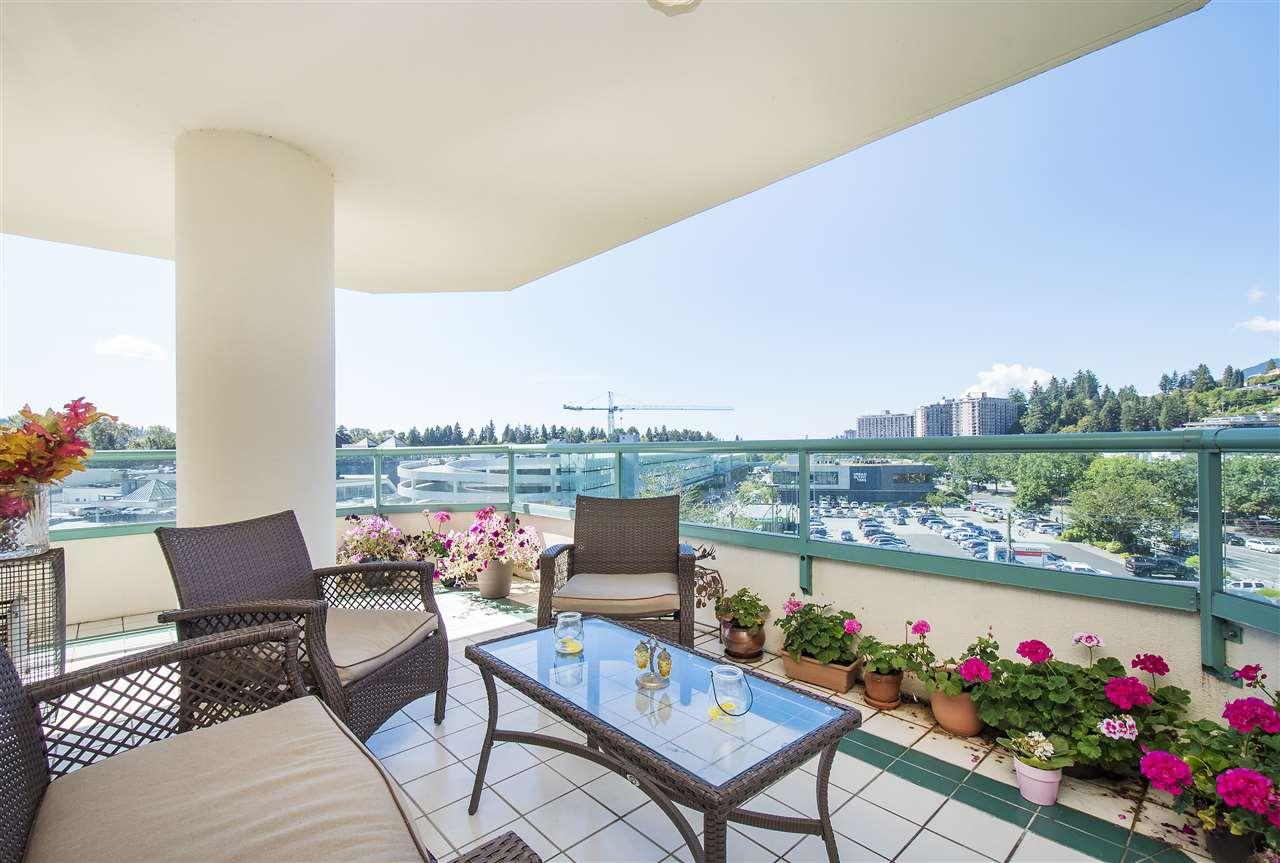 Condo Apartment at 6D 328 TAYLOR WAY, Unit 6D, West Vancouver, British Columbia. Image 3