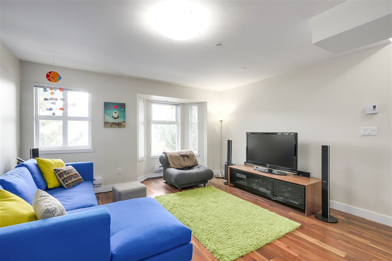Townhouse at 202 1676 E PENDER STREET, Unit 202, Vancouver East, British Columbia. Image 9