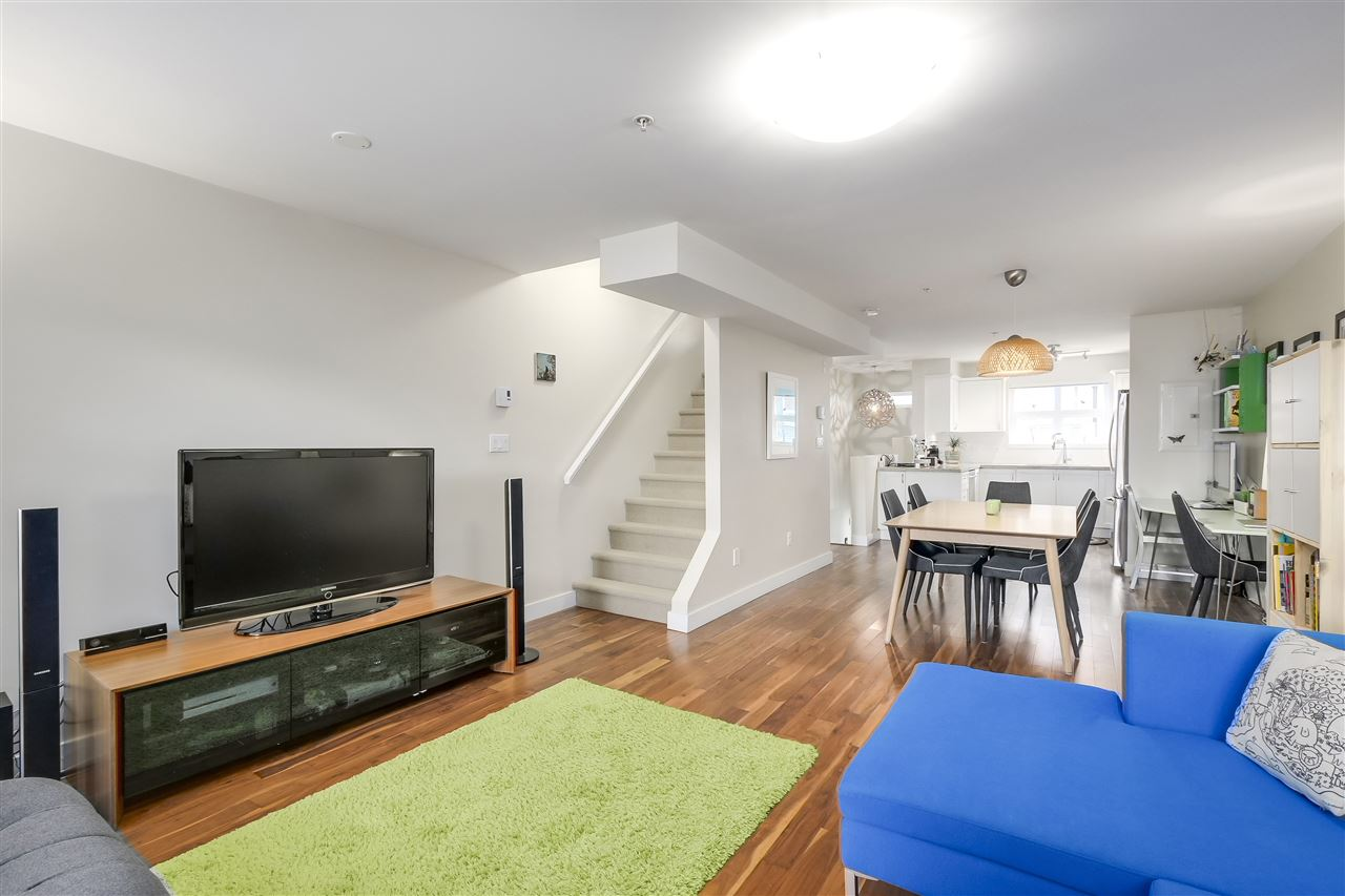 Townhouse at 202 1676 E PENDER STREET, Unit 202, Vancouver East, British Columbia. Image 11
