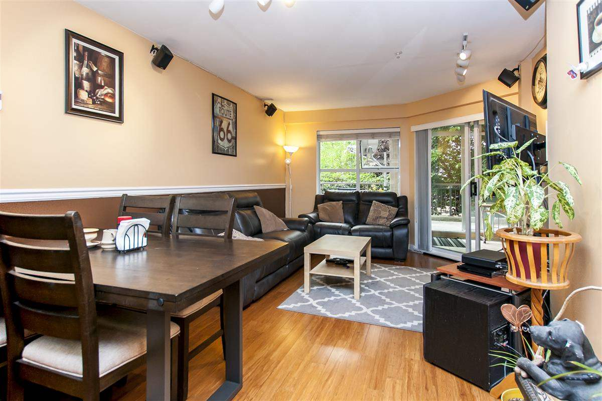 Condo Apartment at 107 519 TWELFTH STREET, Unit 107, New Westminster, British Columbia. Image 3