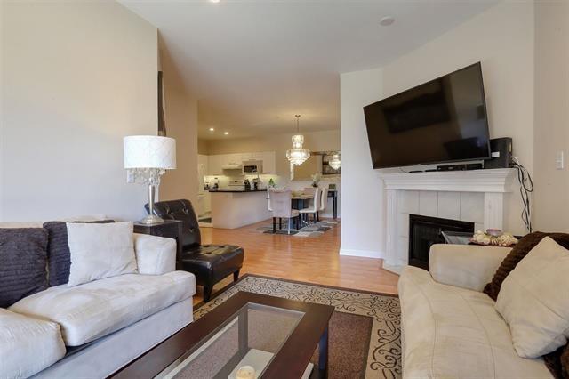 Condo Apartment at 227 2109 ROWLAND STREET, Unit 227, Port Coquitlam, British Columbia. Image 5