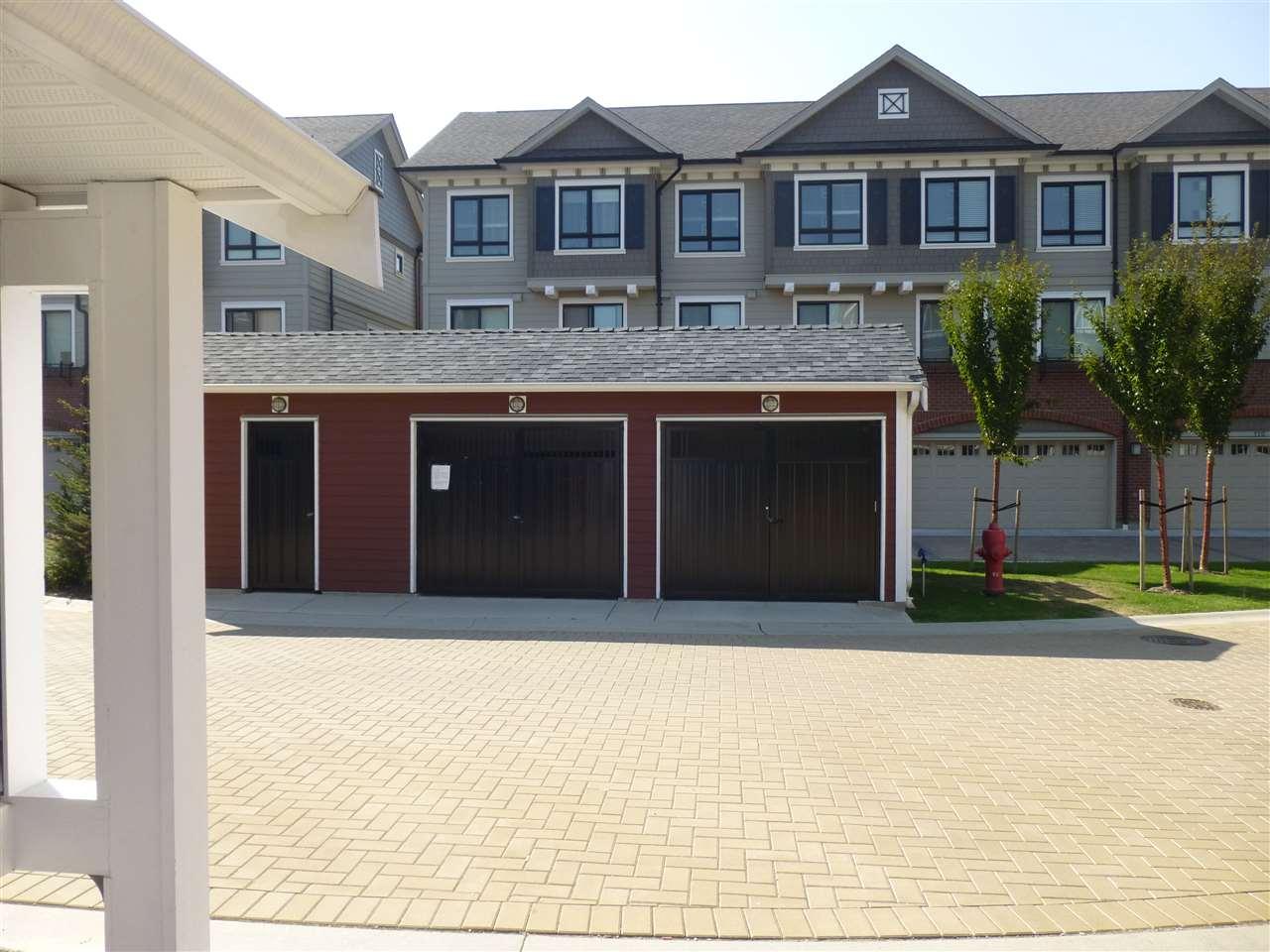 Condo Apartment at 15 9691 ALBERTA ROAD, Unit 15, Richmond, British Columbia. Image 2