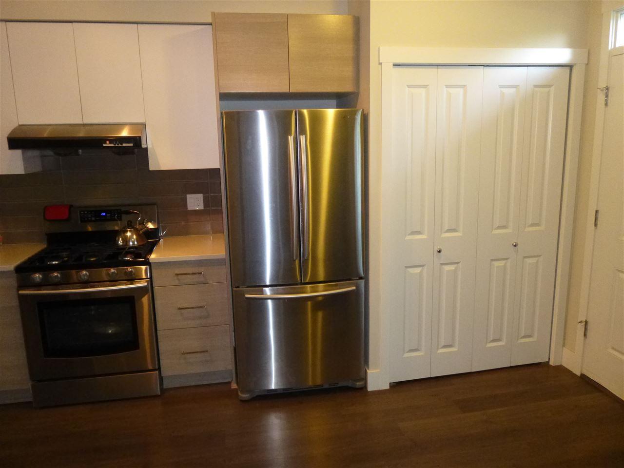 Condo Apartment at 15 9691 ALBERTA ROAD, Unit 15, Richmond, British Columbia. Image 4