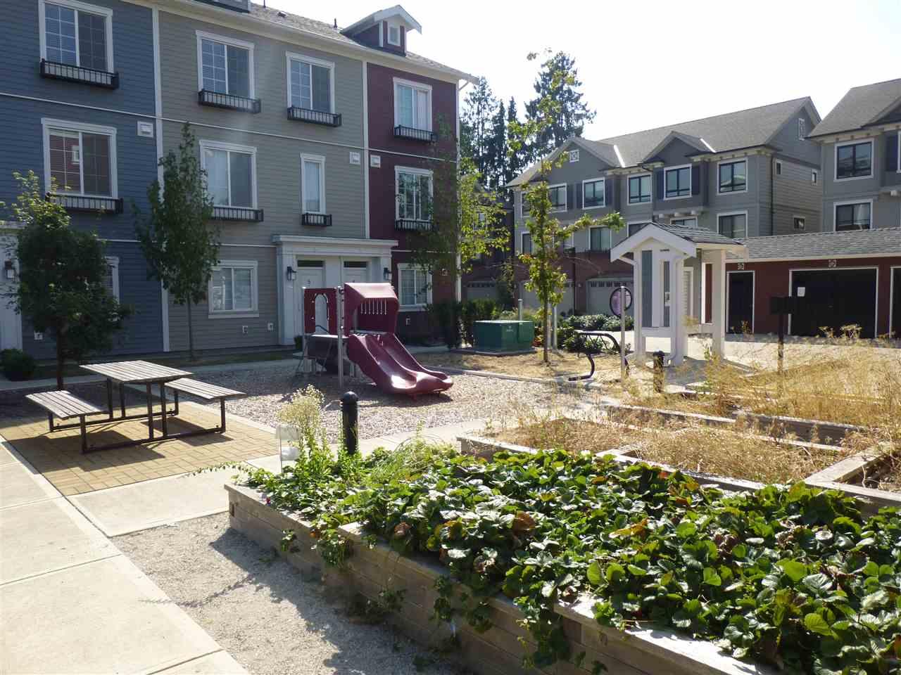 Condo Apartment at 15 9691 ALBERTA ROAD, Unit 15, Richmond, British Columbia. Image 11