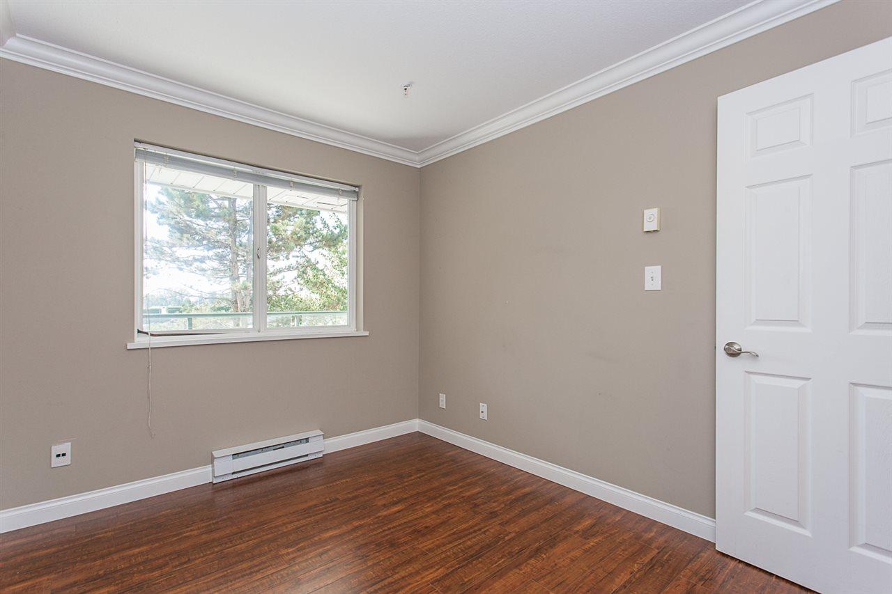 Condo Apartment at 206 33668 KING ROAD, Unit 206, Abbotsford, British Columbia. Image 15