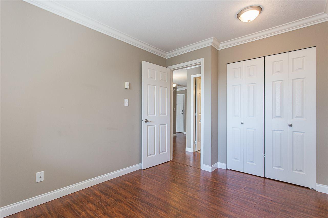 Condo Apartment at 206 33668 KING ROAD, Unit 206, Abbotsford, British Columbia. Image 16