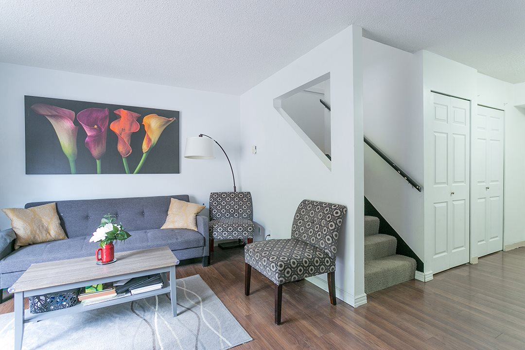 Townhouse at 985 HOWIE AVENUE, Coquitlam, British Columbia. Image 3