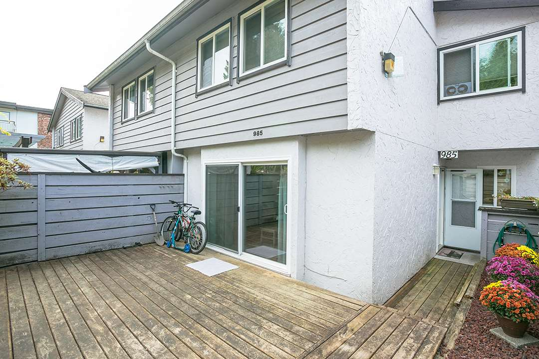Townhouse at 985 HOWIE AVENUE, Coquitlam, British Columbia. Image 14
