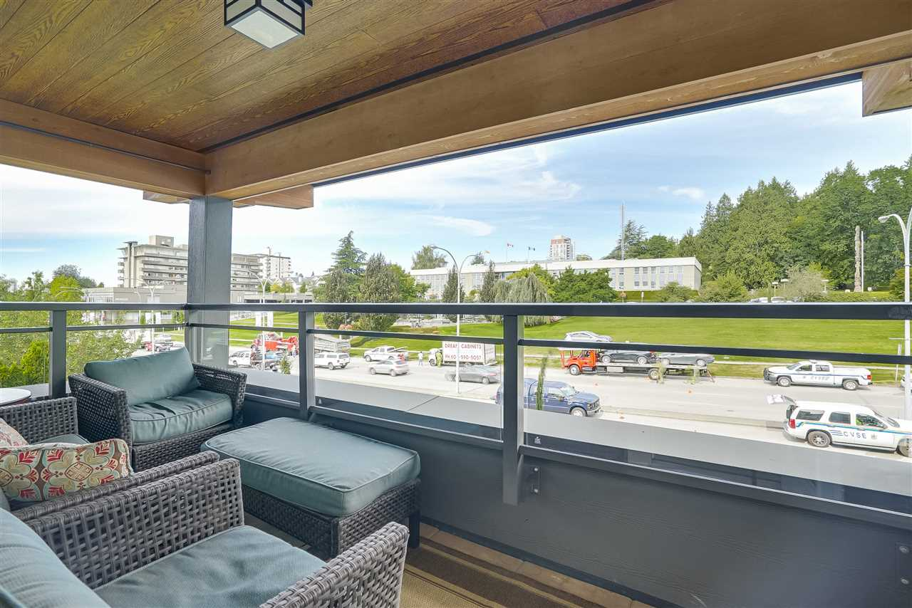 Condo Apartment at 305 500 ROYAL AVENUE, Unit 305, New Westminster, British Columbia. Image 5