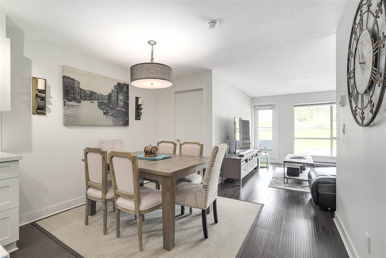 Condo Apartment at 305 500 ROYAL AVENUE, Unit 305, New Westminster, British Columbia. Image 15