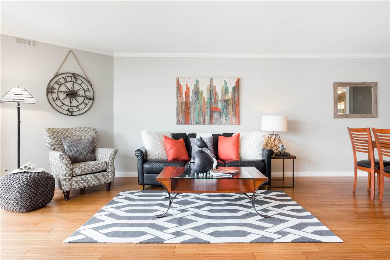 Condo Apartment at 307 1859 SPYGLASS PLACE, Unit 307, Vancouver West, British Columbia. Image 7