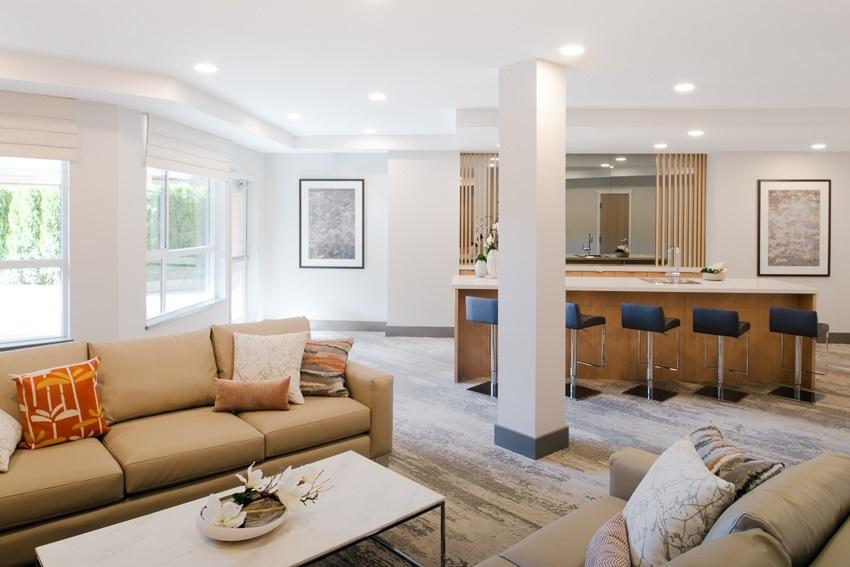 Condo Apartment at 307 607 COTTONWOOD AVENUE, Unit 307, Coquitlam, British Columbia. Image 3
