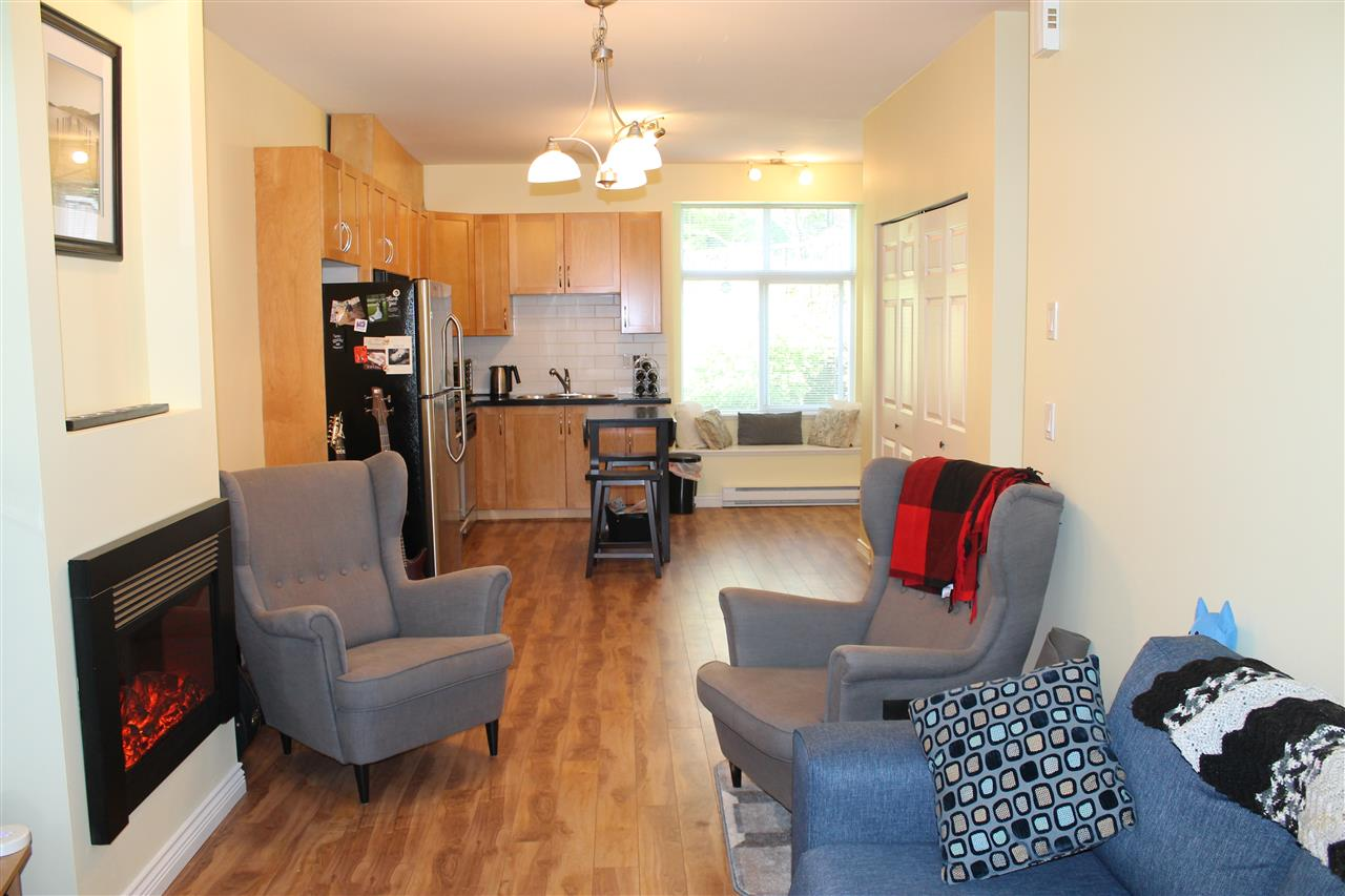 Townhouse at 122 7333 16TH AVENUE, Unit 122, Burnaby East, British Columbia. Image 1