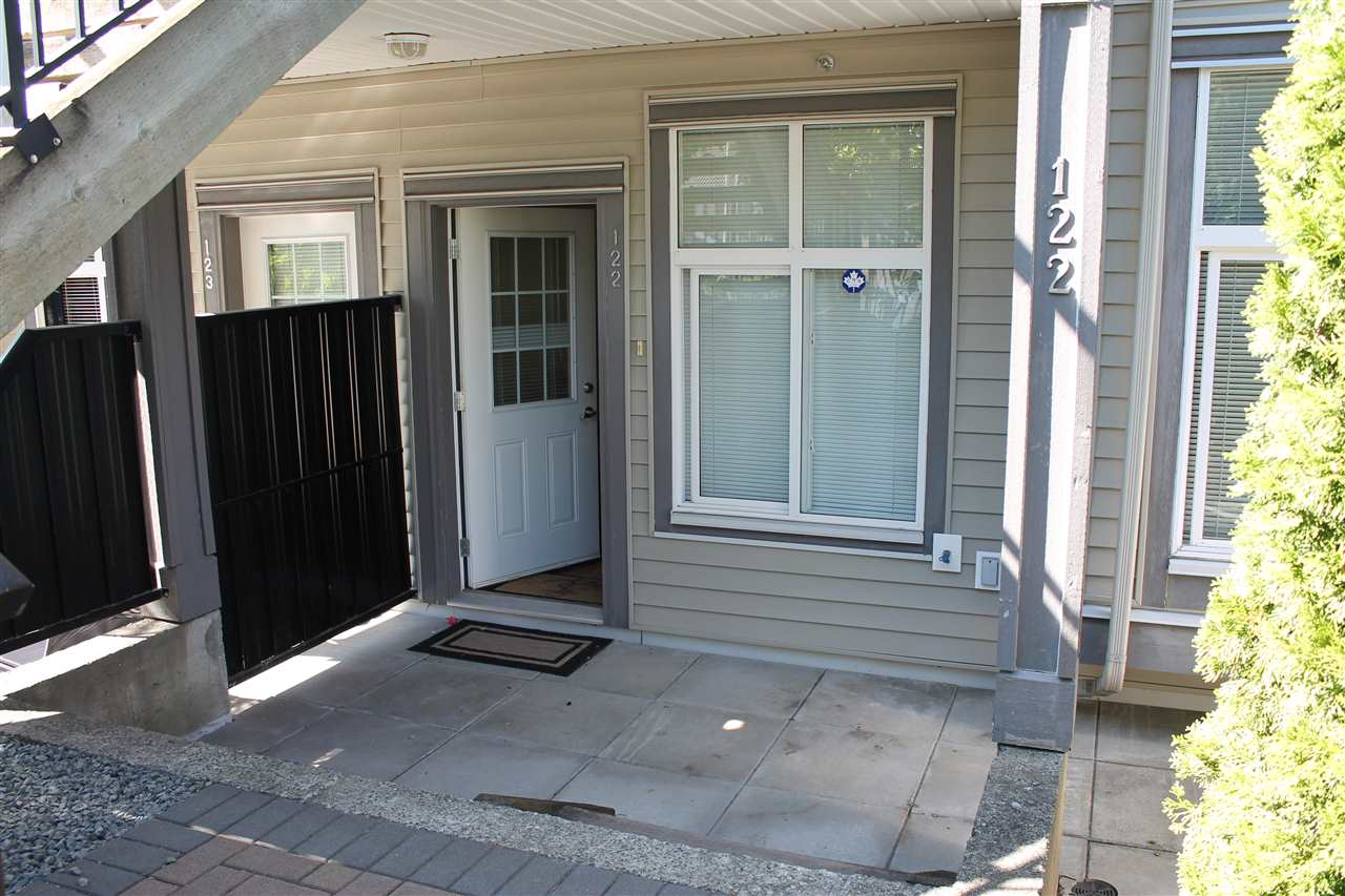 Townhouse at 122 7333 16TH AVENUE, Unit 122, Burnaby East, British Columbia. Image 3