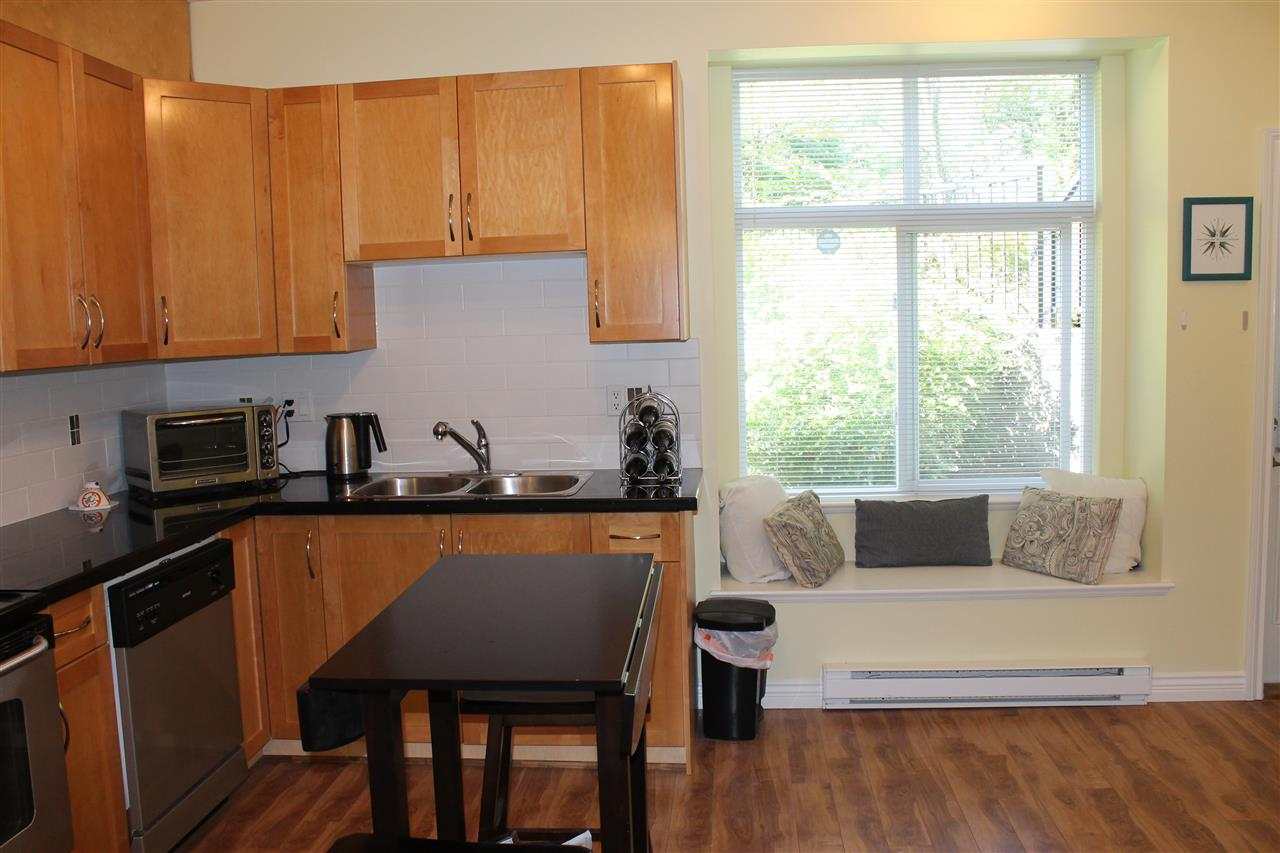 Townhouse at 122 7333 16TH AVENUE, Unit 122, Burnaby East, British Columbia. Image 7