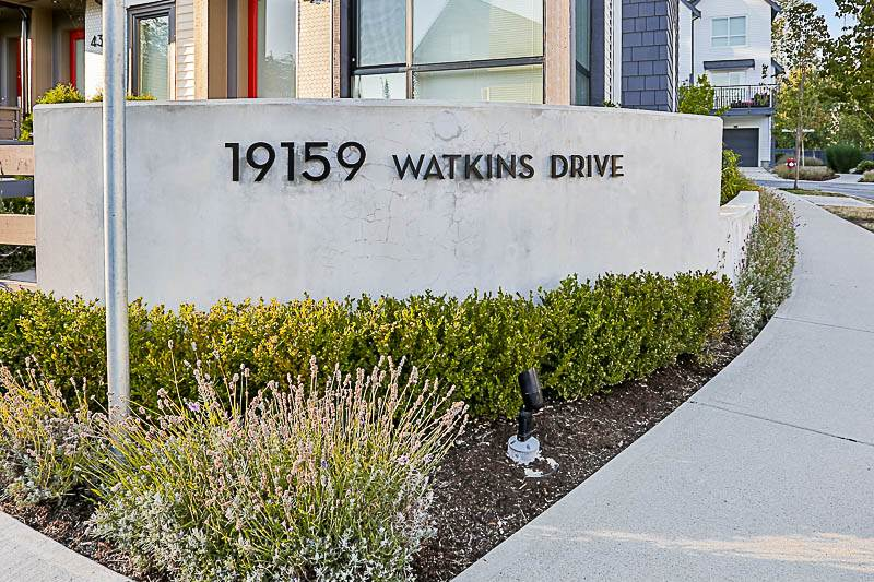 Townhouse at 37 19159 WATKINS DRIVE, Unit 37, Cloverdale, British Columbia. Image 1