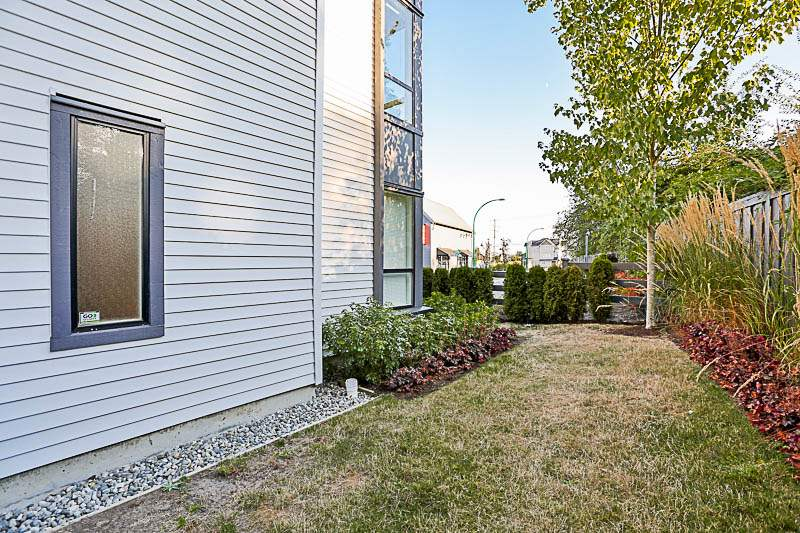 Townhouse at 37 19159 WATKINS DRIVE, Unit 37, Cloverdale, British Columbia. Image 3