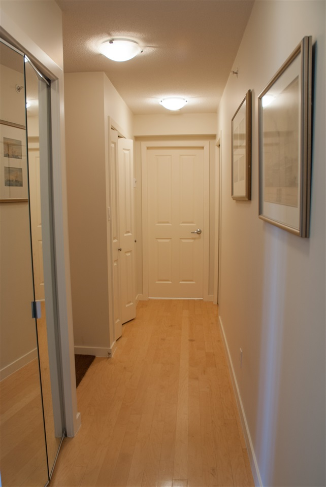 Condo Apartment at 604 1425 W 6TH AVENUE, Unit 604, Vancouver West, British Columbia. Image 2