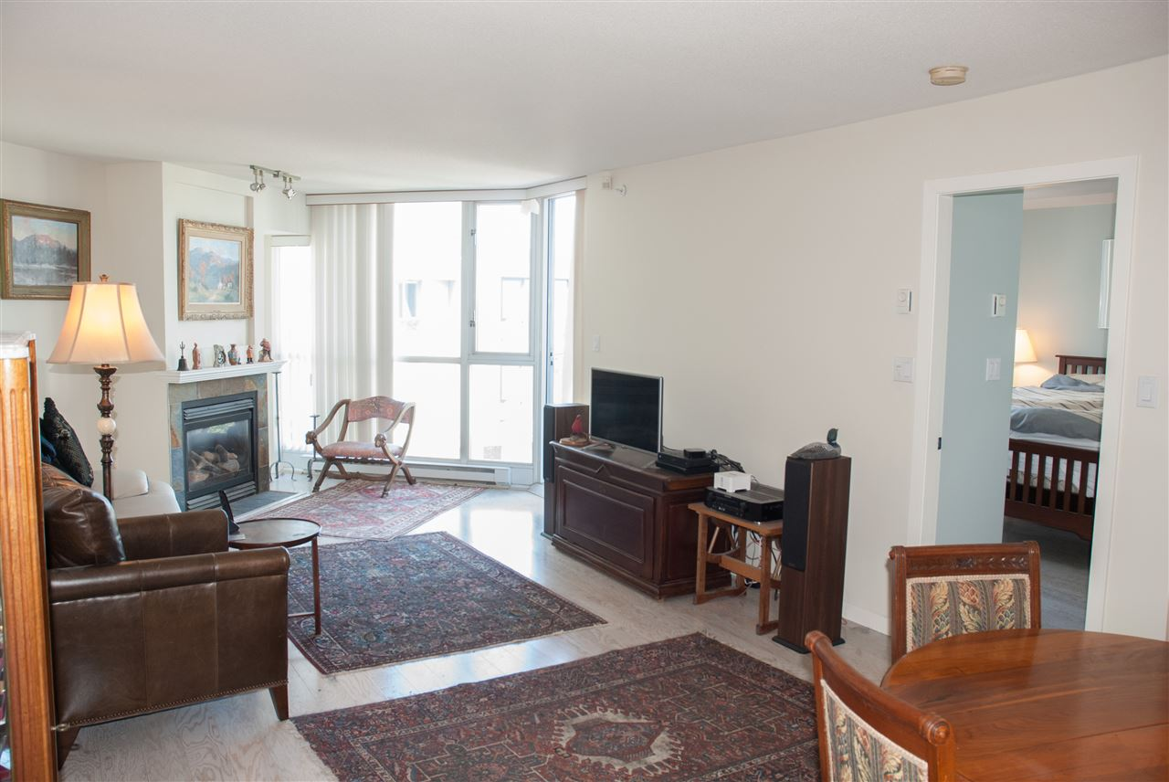 Condo Apartment at 604 1425 W 6TH AVENUE, Unit 604, Vancouver West, British Columbia. Image 5