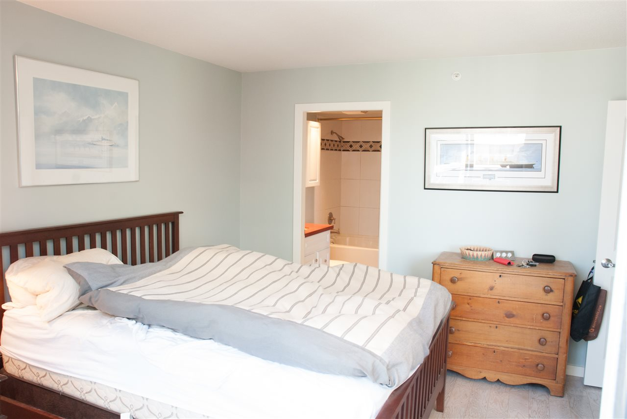 Condo Apartment at 604 1425 W 6TH AVENUE, Unit 604, Vancouver West, British Columbia. Image 8