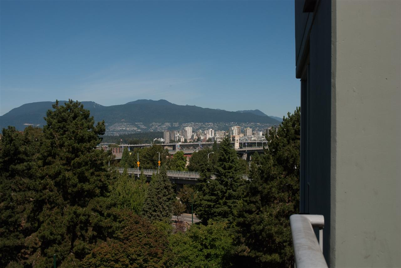 Condo Apartment at 604 1425 W 6TH AVENUE, Unit 604, Vancouver West, British Columbia. Image 20