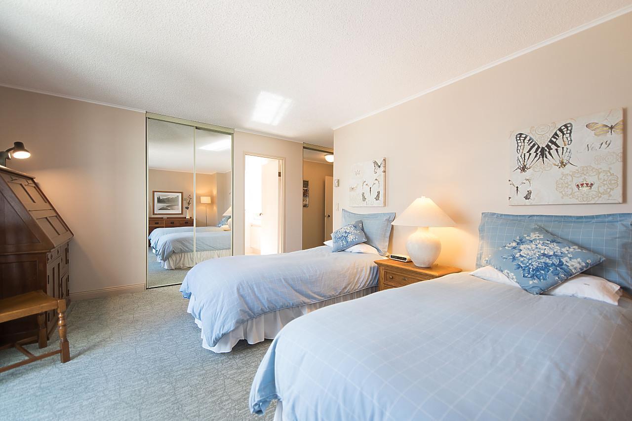 Condo Apartment at 801 1600 HOWE STREET, Unit 801, Vancouver West, British Columbia. Image 11