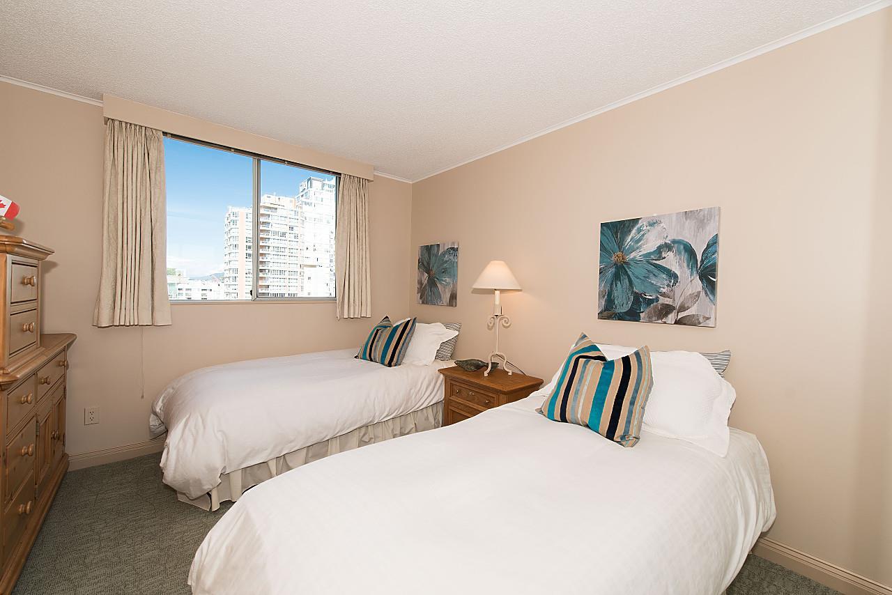 Condo Apartment at 801 1600 HOWE STREET, Unit 801, Vancouver West, British Columbia. Image 13
