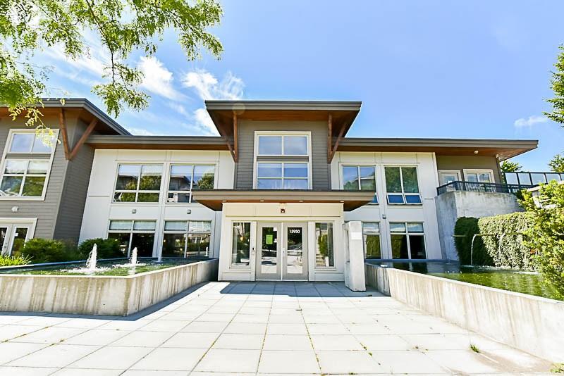 Condo Apartment at 128 15918 26 AVENUE, Unit 128, South Surrey White Rock, British Columbia. Image 2