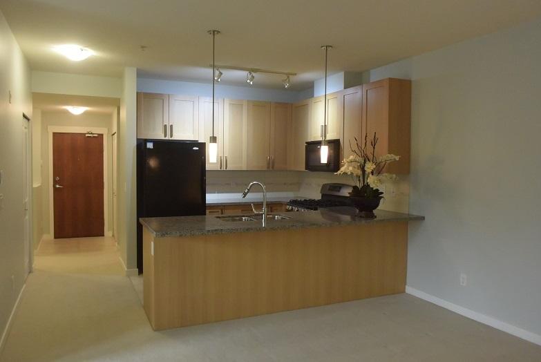 Condo Apartment at 128 15918 26 AVENUE, Unit 128, South Surrey White Rock, British Columbia. Image 14