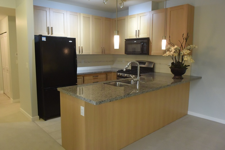 Condo Apartment at 128 15918 26 AVENUE, Unit 128, South Surrey White Rock, British Columbia. Image 15