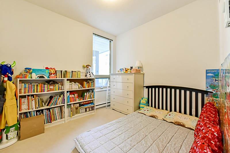Condo Apartment at 128 15918 26 AVENUE, Unit 128, South Surrey White Rock, British Columbia. Image 20