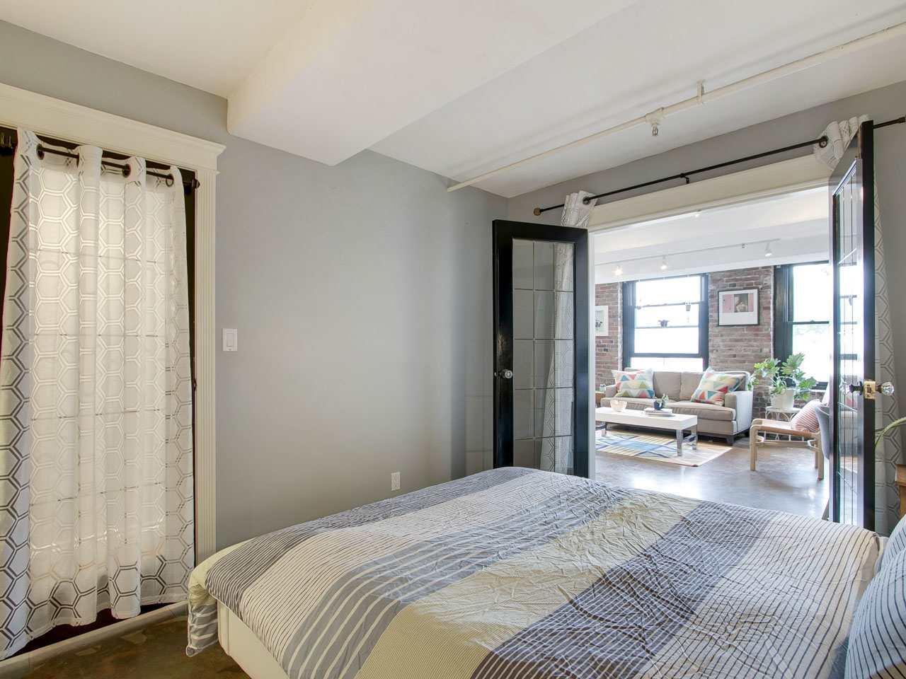 Condo Apartment at 201 27 ALEXANDER STREET, Unit 201, Vancouver East, British Columbia. Image 9