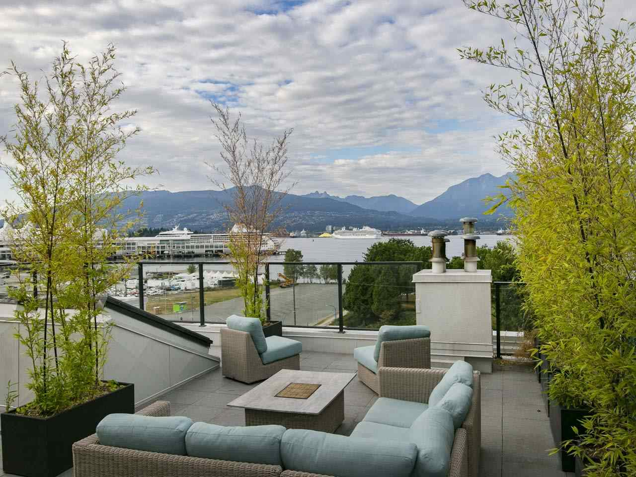 Condo Apartment at 201 27 ALEXANDER STREET, Unit 201, Vancouver East, British Columbia. Image 13