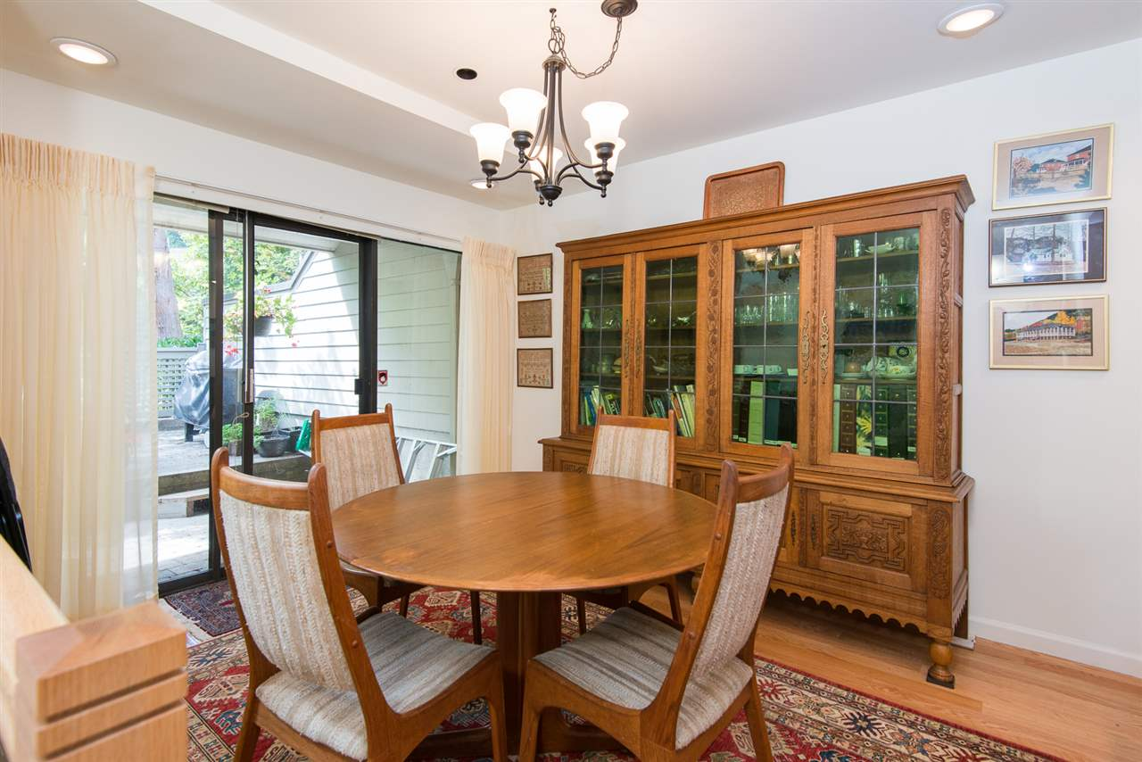 Townhouse at 12 4957 MARINE DRIVE, Unit 12, West Vancouver, British Columbia. Image 4
