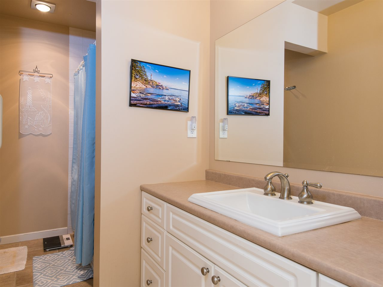 Townhouse at 12 4957 MARINE DRIVE, Unit 12, West Vancouver, British Columbia. Image 10