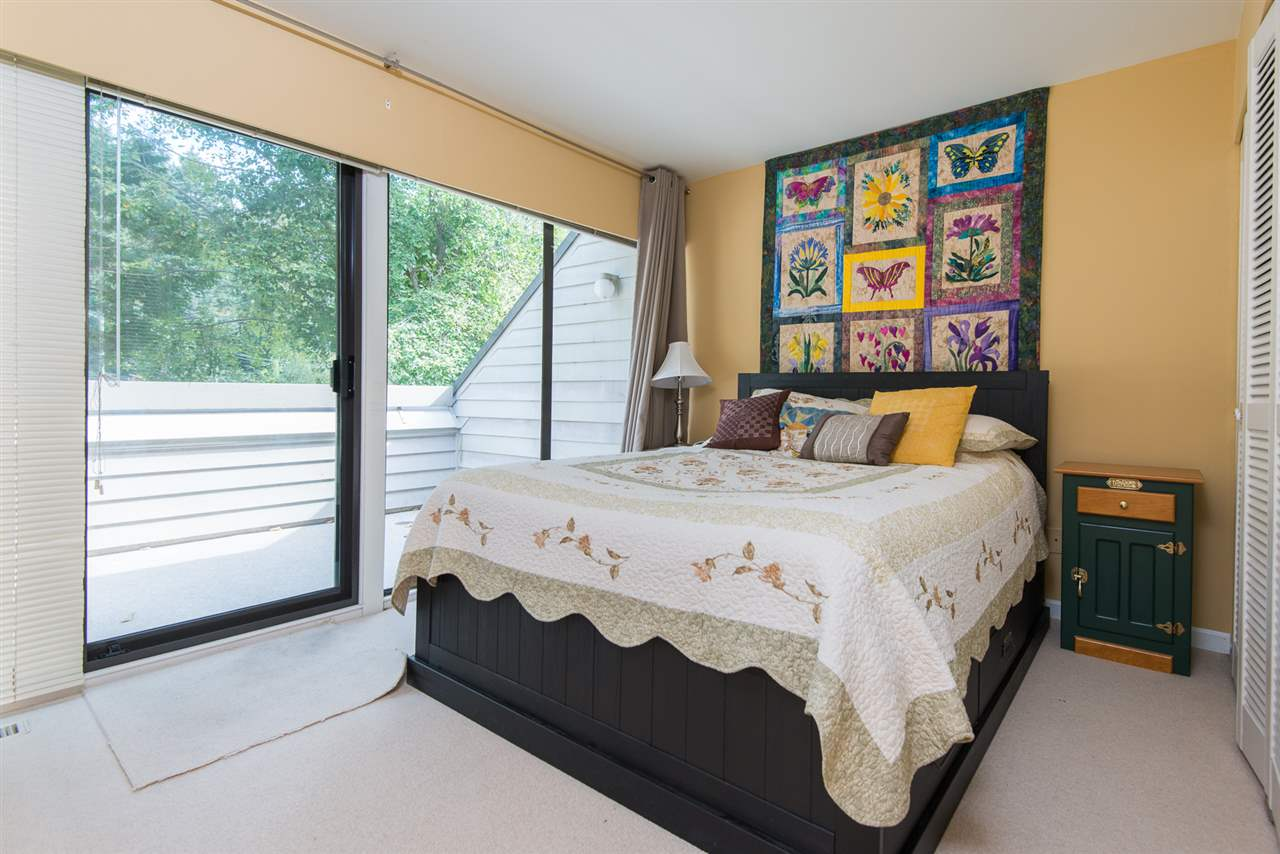 Townhouse at 12 4957 MARINE DRIVE, Unit 12, West Vancouver, British Columbia. Image 11