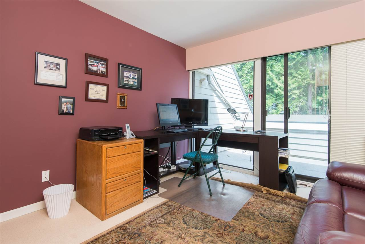 Townhouse at 12 4957 MARINE DRIVE, Unit 12, West Vancouver, British Columbia. Image 12