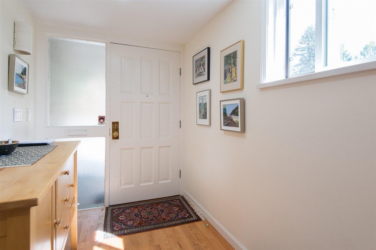 Townhouse at 12 4957 MARINE DRIVE, Unit 12, West Vancouver, British Columbia. Image 14
