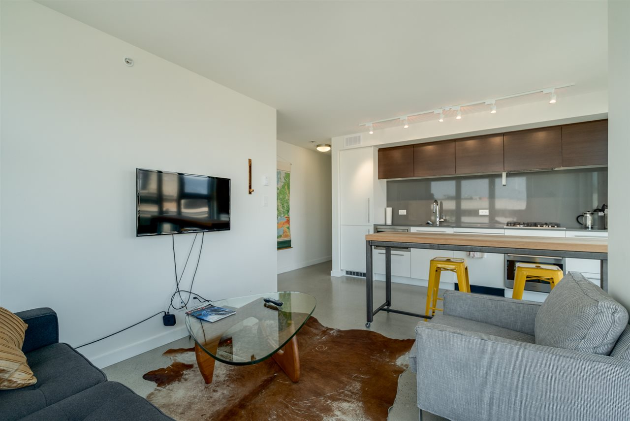 Condo Apartment at 802 150 E CORDOVA STREET, Unit 802, Vancouver East, British Columbia. Image 3
