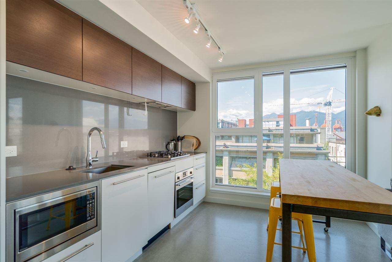 Condo Apartment at 802 150 E CORDOVA STREET, Unit 802, Vancouver East, British Columbia. Image 5