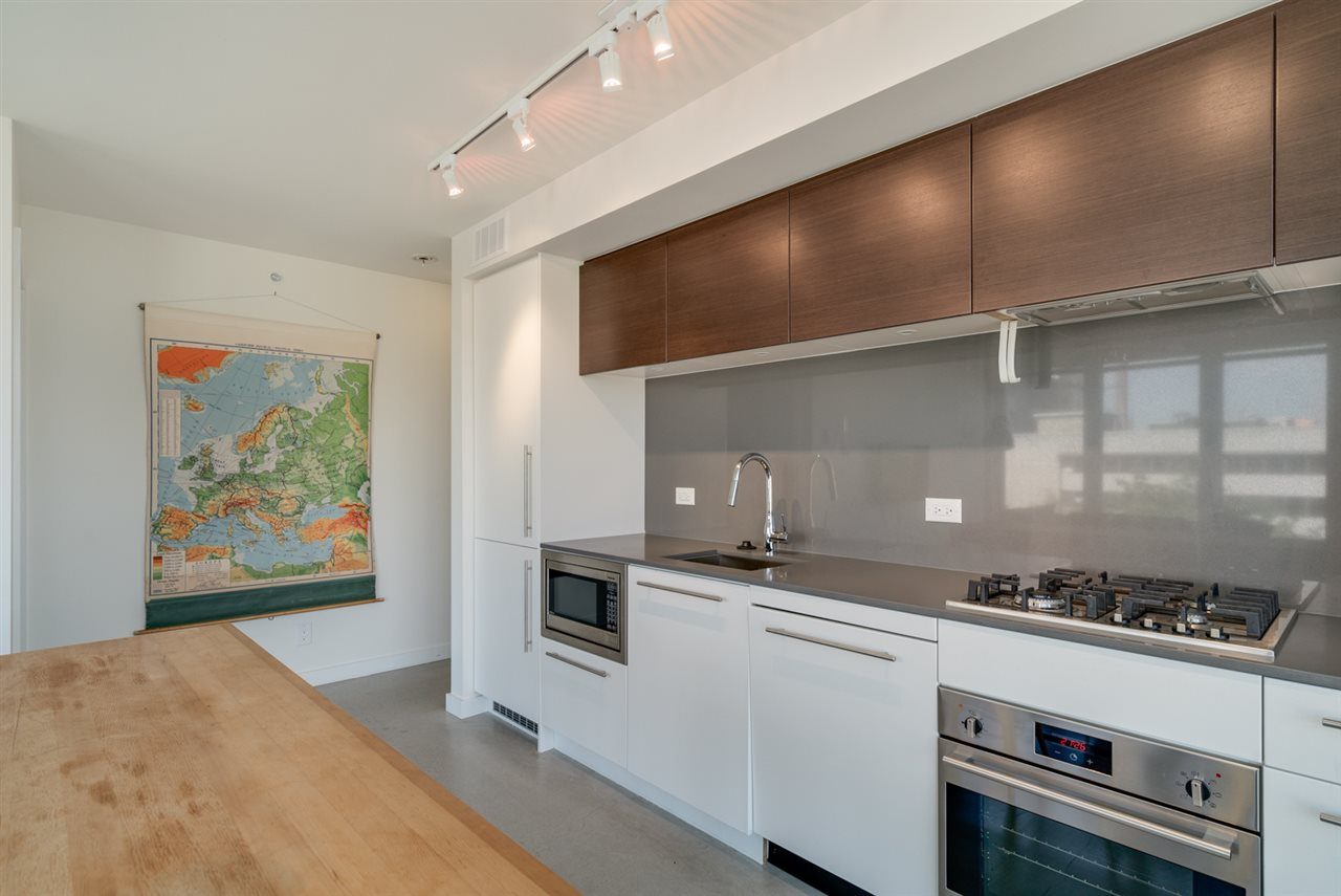 Condo Apartment at 802 150 E CORDOVA STREET, Unit 802, Vancouver East, British Columbia. Image 6