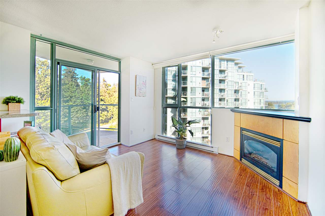 Condo Apartment at 901 2733 CHANDLERY PLACE, Unit 901, Vancouver East, British Columbia. Image 4