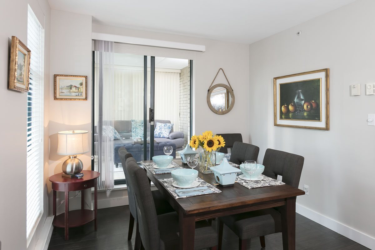 Condo Apartment at 10B 789 HELMCKEN STREET, Unit 10B, Vancouver West, British Columbia. Image 6