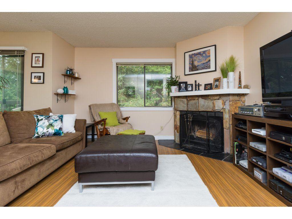 Condo Apartment at 201 13283 70B AVENUE, Unit 201, Surrey, British Columbia. Image 4