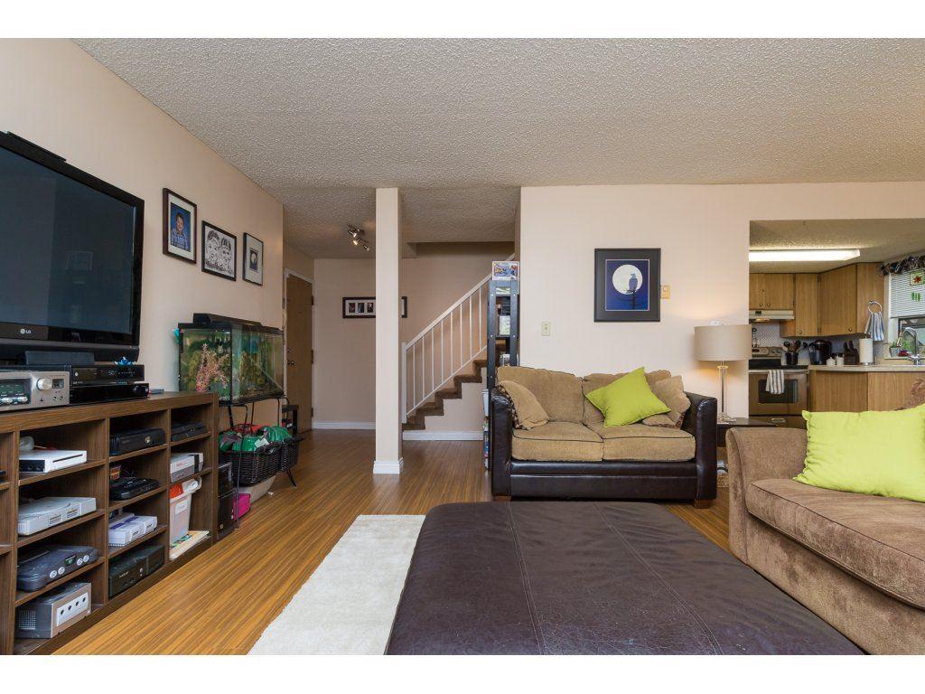 Condo Apartment at 201 13283 70B AVENUE, Unit 201, Surrey, British Columbia. Image 5