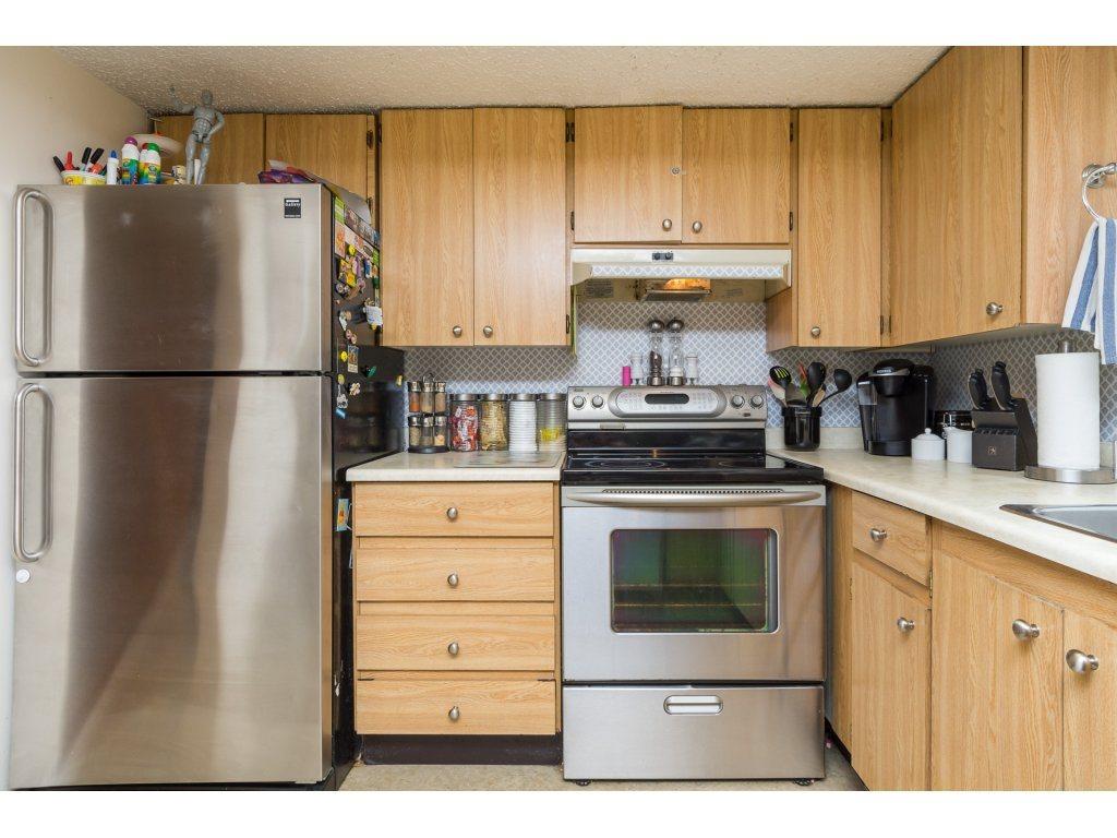 Condo Apartment at 201 13283 70B AVENUE, Unit 201, Surrey, British Columbia. Image 9