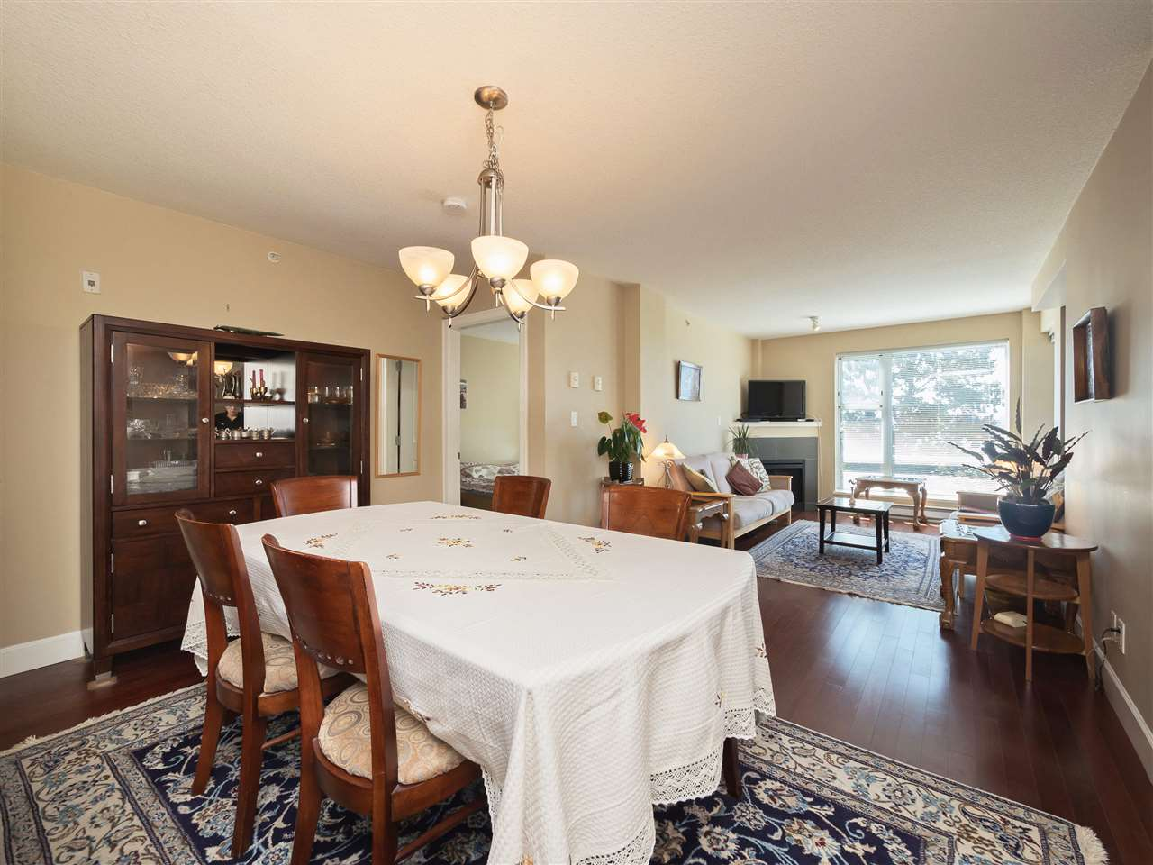 Condo Apartment at 306 3811 HASTINGS STREET, Unit 306, Burnaby North, British Columbia. Image 13
