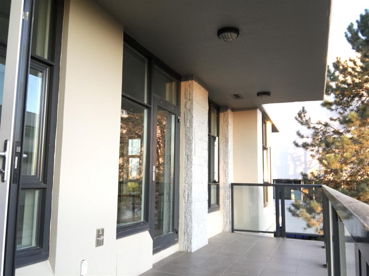 Condo Apartment at 303 6093 IONA DRIVE, Unit 303, Vancouver West, British Columbia. Image 7